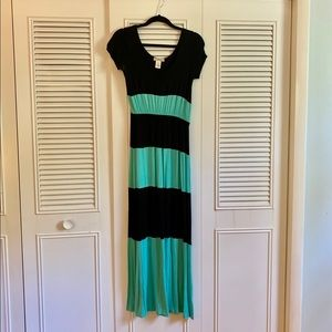 Small Color Block Maxi Dress
